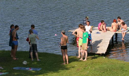 Laisvas laikas prie ežero