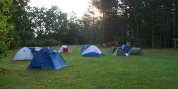 TJA 7-osios stovyklos palapinių miestelis